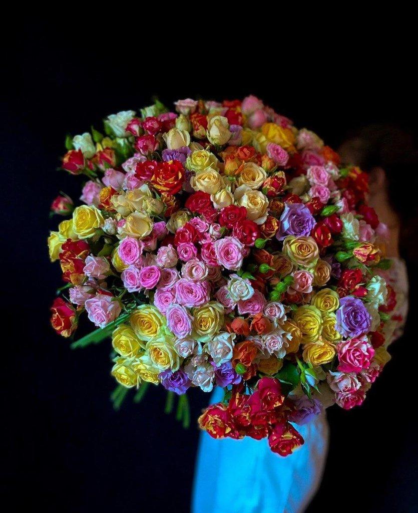 Кустовые розы 60 см (микс)